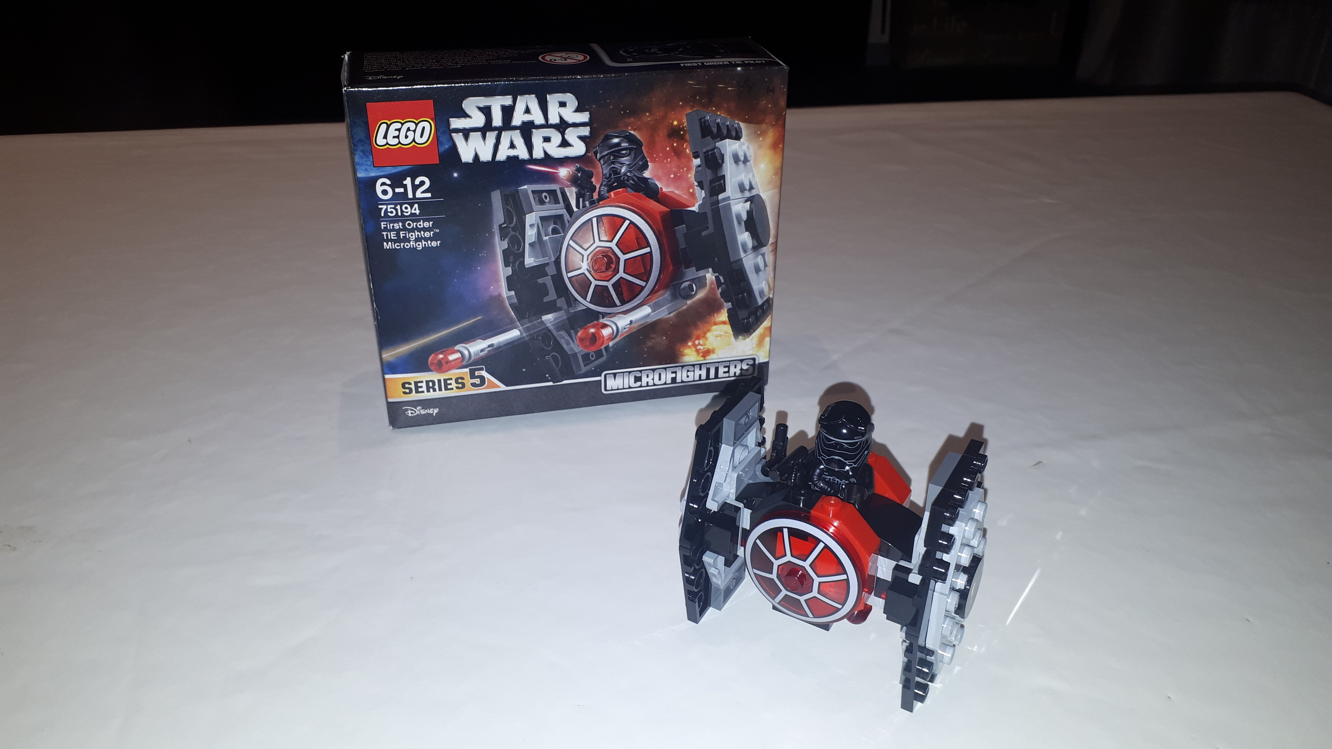 Lego Star Wars – Microfighters First Order Tie Fighter