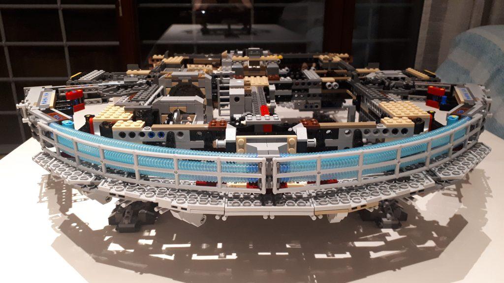 I motori del Millennium Falcon UCS