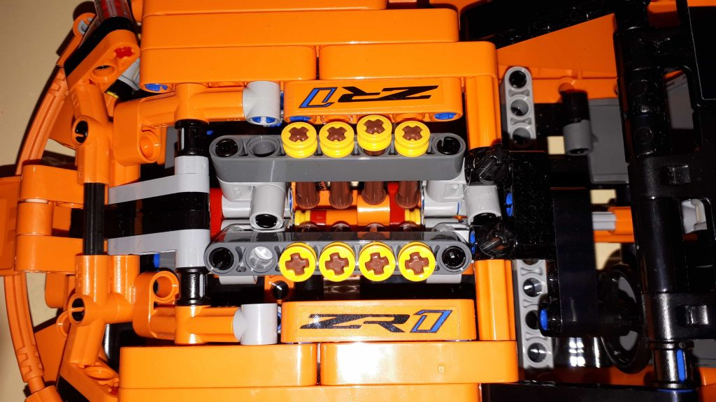 Lego Technic Chevrolet Corvette ZR1 - motore