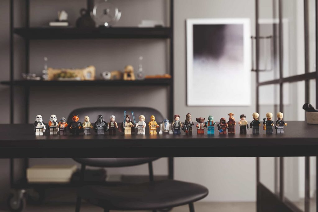 minifigures incluse Taverna Mos Eisley
