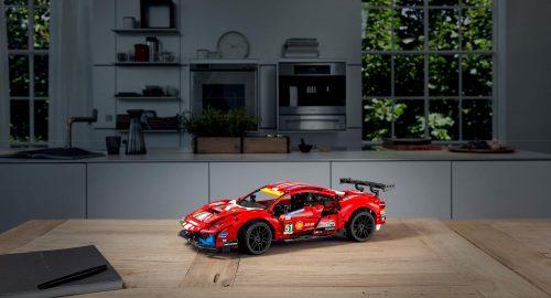 Lego Technic Ferrari 488 GTE disponibile dal 1 Gennaio!