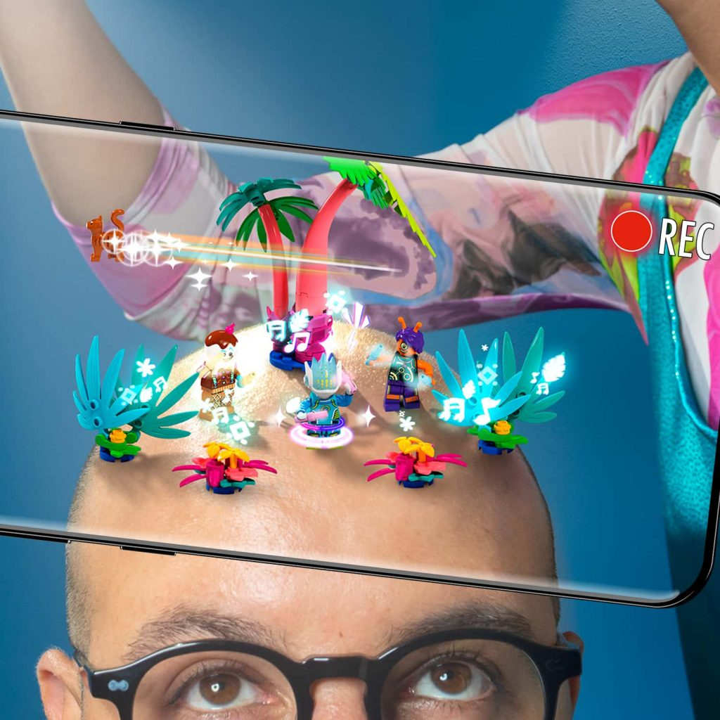 Lego Vidiyo sulla testa