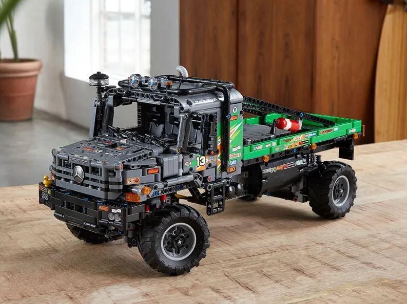 Camion fuoristrada 4x4 Mercedes-Benz Zetros