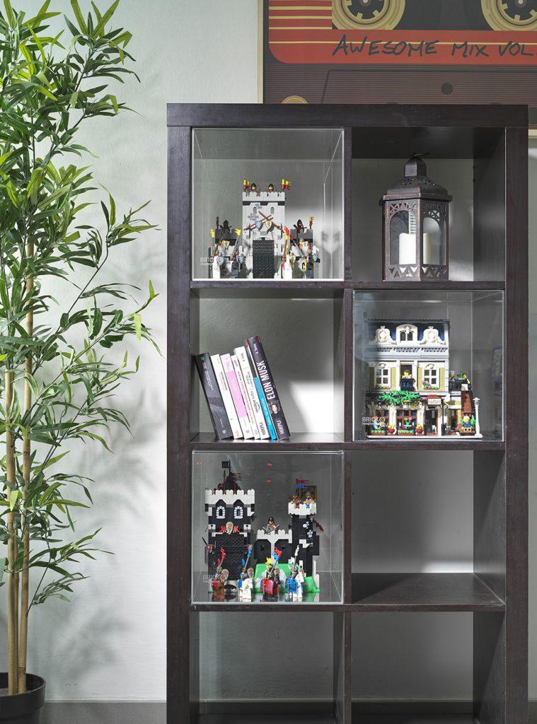 Teca per Lego all'interno del mobile Kallax di Ikea
